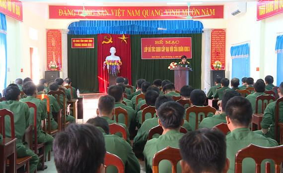 Bộ CHQS tỉnh bế mạc lớp bổ túc sĩ quan dự bị cấp Đại đội