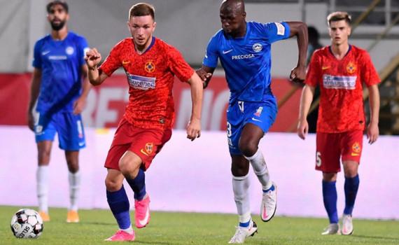 Filip Nguyễn chỉ còn cách vòng bảng Europa League một trận đấu