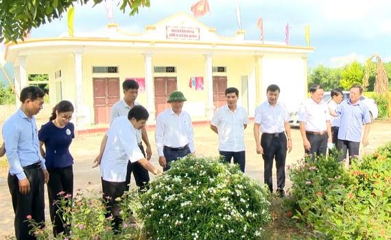 Kiểm tra xây dựng nông thôn mới tại huyện Gia Viễn