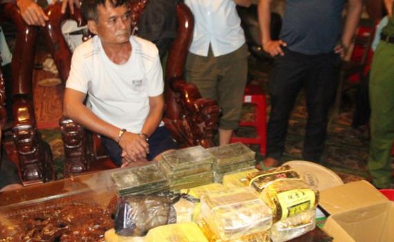 """Những tình tiết bất ngờ về đường dây ma túy """"khủng"""" ở Nghệ An"""