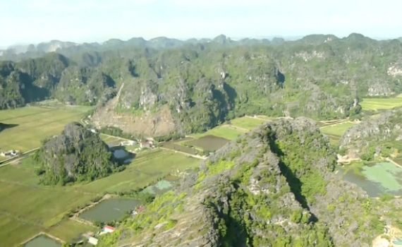 Ninh Bình phát triển du lịch trở thành ngành kinh tế mũi nhọn