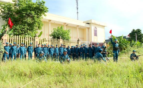 TP Ninh Bình, Yên Khánh khai mạc huấn luyện dân quân tự vệ binh chủng năm 2020