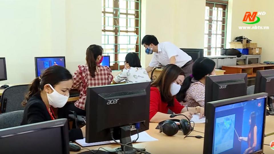 Diễn đàn giáo dục: Dạy học trực tuyến thách thức của các nhà trường