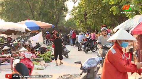 ATGT Vì Bình Yên Cuộc sống: Lấn chiếm hành lang giao thông làm nơi buôn bán