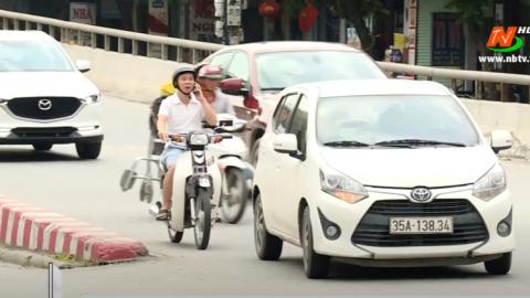 ATGT vì bình yên cuộc sống: Nguy hiểm khi sử dụng điện thoại tham gia giao thông