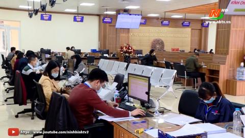 Cải cách hành chính: Ứng dụng công nghệ thông tin tại Trung tâm phục vụ hành chính công tỉnh