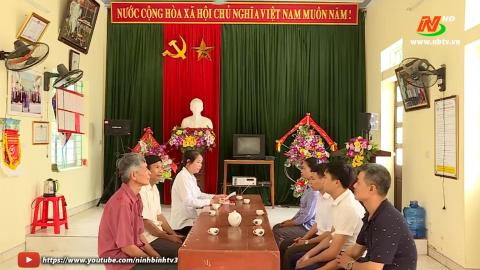 Đảng trong cuộc sống hôm nay: Đảng bộ huyện Gia Viễn học Bác để gần dân, có trách nhiệm với dân
