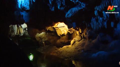 Đất và Người Hoa Lư: Động Thiên Hà - Giải ngân hà trong lòng núi
