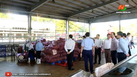 Đoàn công tác của tỉnh Sơn La khảo sát tại cơ sở