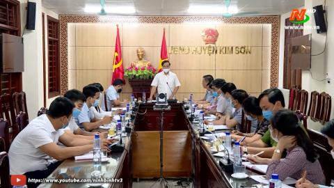 Đoàn kiểm tra số 2: Kiểm tra công tác chuẩn bị bầu cử tại huyện Kim Sơn.