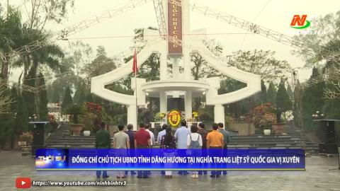 Đồng chí chủ tịch UBND tỉnh dâng hương tại nghĩa trang liệt sỹ quốc gia Vị Xuyên