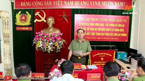 Đồng chí Thứ trưởng Bộ Công an làm việc với Công an Ninh Bình