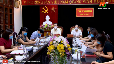 Đóng góp ý kiến vào dự thảo các tài liệu về quy định thi hành điều lệ Đảng.
