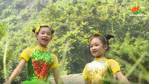 Hai con thằn lằn con - Thể hiện: Yến Nhi - Hồng Bảo