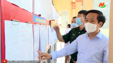 Kiểm tra công tác chuẩn bị bầu cử tại huyện Yên Khánh.