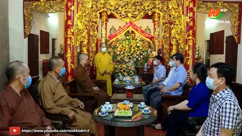 Lãnh đạo tỉnh chúc mừng nhân dịp Đại lễ Phật Đản năm 2021