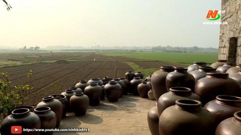 Văn hóa và đời sống: Nét đẹp văn hóa trong các tác phẩm gốm sứ