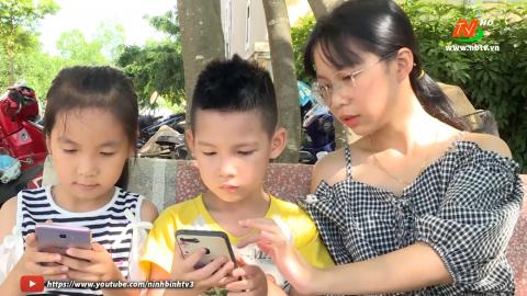 Vì trẻ thơ: Cảnh báo nguy hiểm khi trẻ học theo các video trên mạng